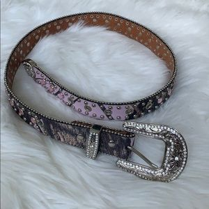 Nocona Belt co. Girls western jeweled size 28
